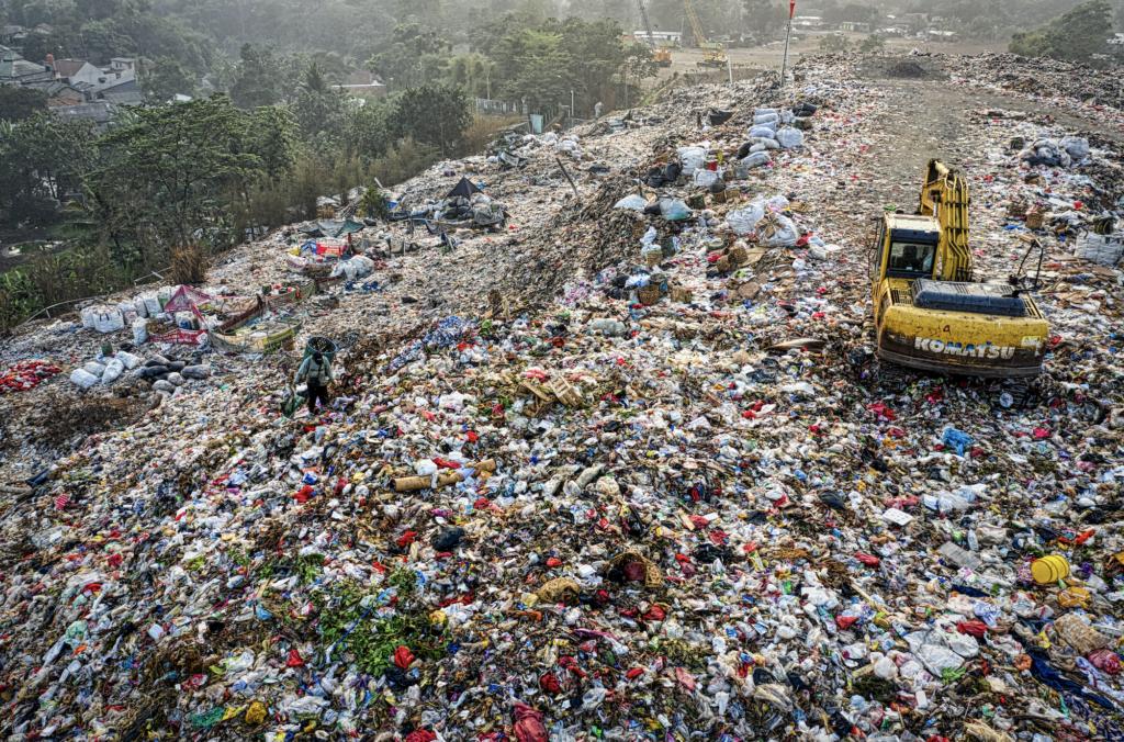 Magorium ธุรกิจ Start-Up ที่นำขยะพลาสติก มาสร้างมูลค่า จนเกิดเป็นธุรกิจได้
